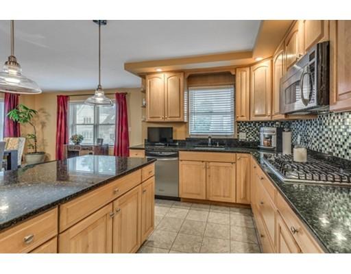 شقة بعمارة للـ Sale في 19 Myrtle Street Everett, Massachusetts 02149 United States
