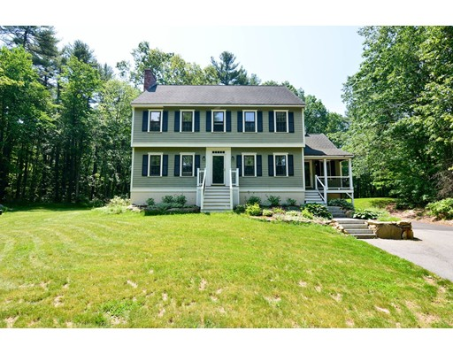 Single Family Home for Sale at 103 Century Way Dunstable, Massachusetts 01827 United States