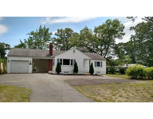 650 James St, Chicopee, MA 01020