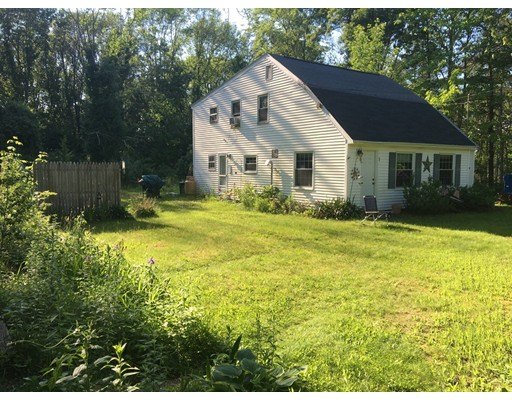 Single Family Home for Sale at 121 Upton Road Westborough, Massachusetts 01581 United States