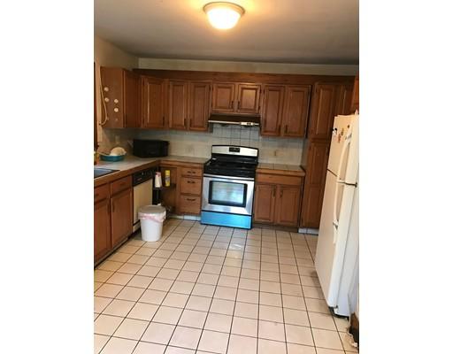 Additional photo for property listing at 22 Marcella  Cambridge, Massachusetts 02141 Estados Unidos
