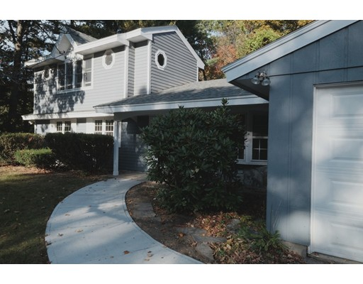 Additional photo for property listing at 1 Tanglewood Way N  Andover, Massachusetts 01810 United States