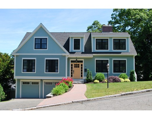59 Russet Ln, Melrose, MA 02176