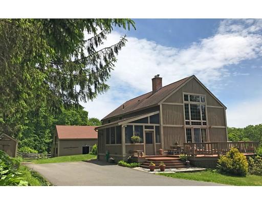 Частный односемейный дом для того Продажа на 377 Bardwells Ferry Road Conway, Массачусетс 01341 Соединенные Штаты