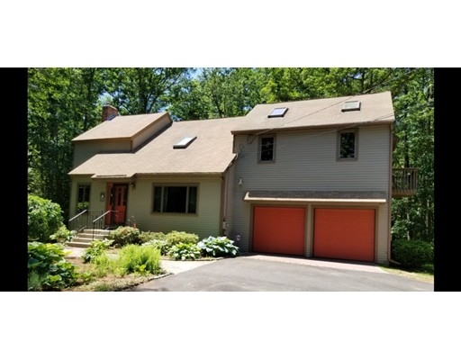 92 Lawrence St., Pepperell, MA 01463