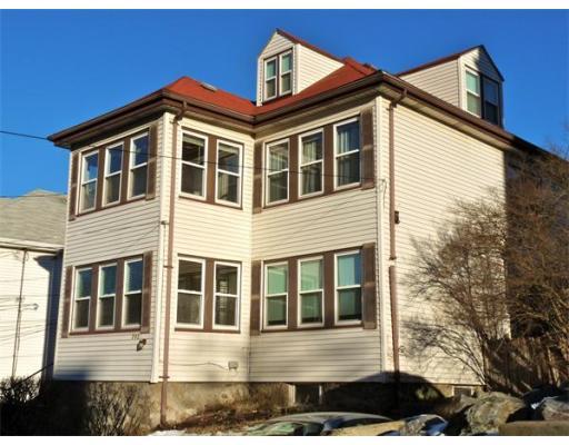 Casa Unifamiliar por un Alquiler en 292 Foster Street Boston, Massachusetts 02135 Estados Unidos