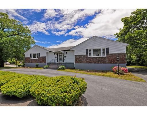 独户住宅 为 出租 在 4 Blakely Circle 伦道夫, 马萨诸塞州 02368 美国