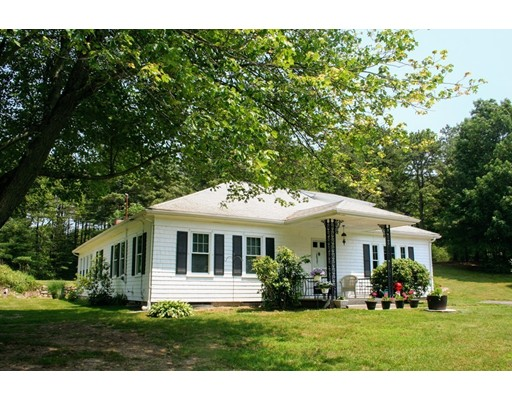577 Pleasant St, Franklin, MA 02038