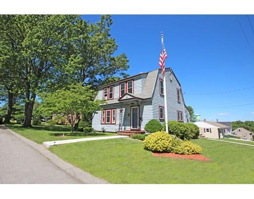 Single Family Home for Sale at 1 Manila Avenue Amesbury, Massachusetts 01913 United States