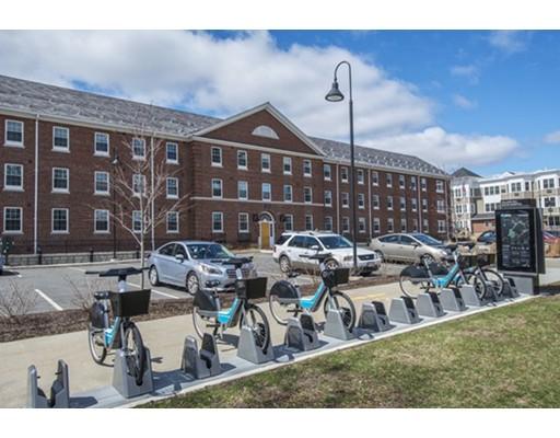 共管式独立产权公寓 为 销售 在 30 Village Hill Road Northampton, 马萨诸塞州 01060 美国