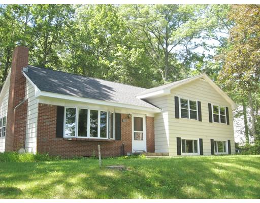 Maison unifamiliale pour l Vente à 118 Rocky Hill Road Hadley, Massachusetts 01035 États-Unis