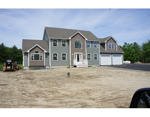 Single Family Home for Sale at 540 Colburn Avenue Dracut, Massachusetts 01826 United States