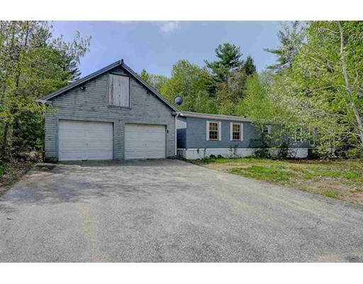 Single Family Home for Sale at 36 Elizabeth Road Sandown, New Hampshire 03873 United States