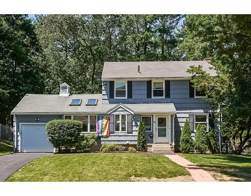 Single Family Home for Sale at 19 Strawberry Hill Road Natick, Massachusetts 01760 United States
