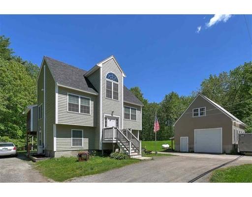 独户住宅 为 销售 在 3 Main Street Sandown, 新罕布什尔州 03873 美国