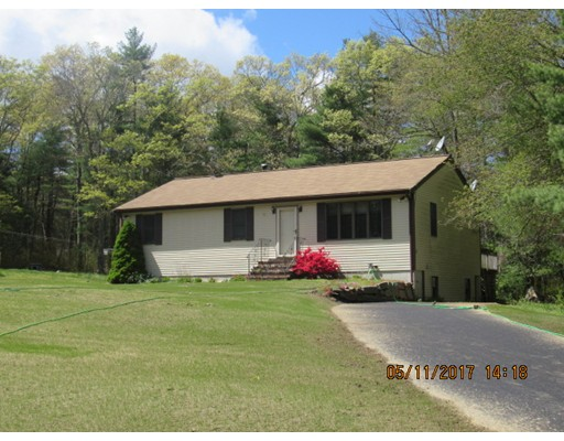 Single Family Home for Sale at 1 Megans Way Acushnet, Massachusetts 02743 United States