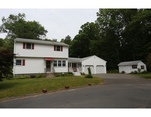 87 W Shore Dr, Enfield, CT 06082
