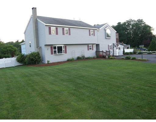 Single Family Home for Sale at 579 Belmont Street East Bridgewater, Massachusetts 02333 United States