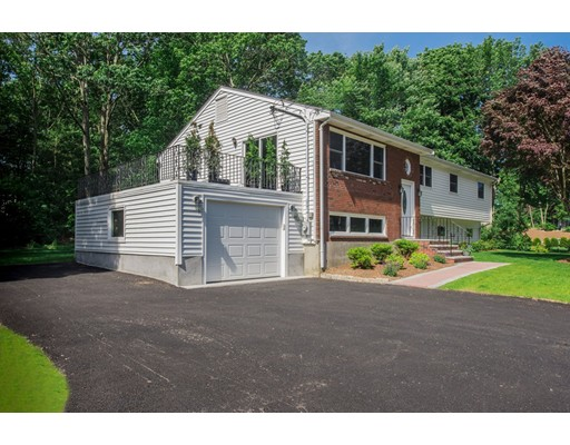 Single Family Home for Sale at 115 Grove Street 115 Grove Street Braintree, Massachusetts 02184 United States