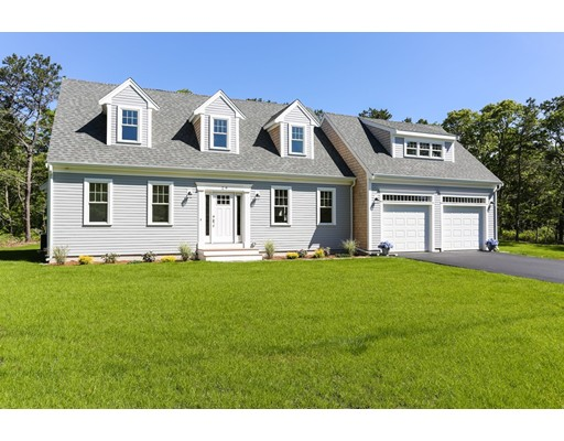 Single Family Home for Sale at 29 Mary Beth Lane Harwich, Massachusetts 02645 United States