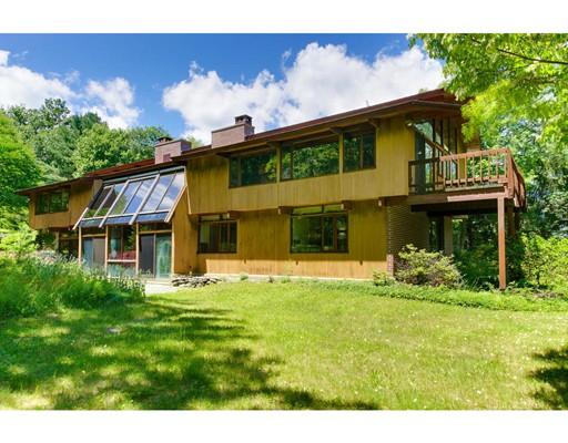 Casa Unifamiliar por un Venta en 64 Slough Road 64 Slough Road Harvard, Massachusetts 01451 Estados Unidos