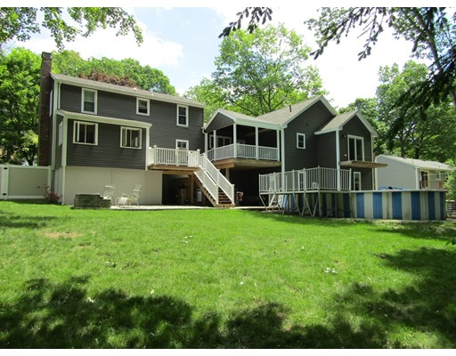 Maison unifamiliale pour l Vente à 15 G and S Dudley, Massachusetts 01571 États-Unis