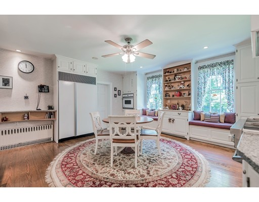 Casa Unifamiliar por un Venta en 381 Boston Road Billerica, Massachusetts 01821 Estados Unidos