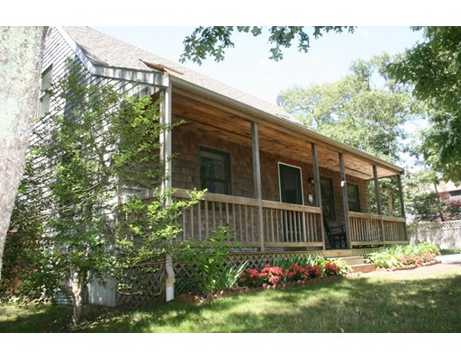 Single Family Home for Sale at 119 Manchester Avenue Oak Bluffs, Massachusetts 02557 United States
