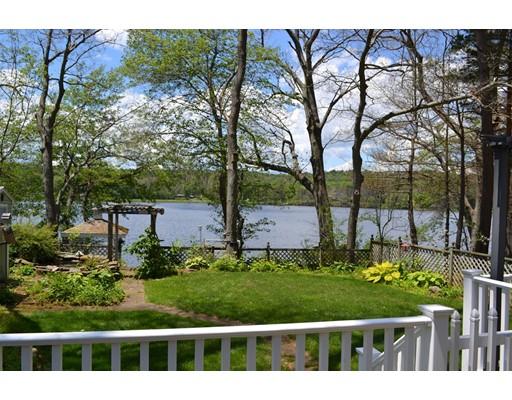 独户住宅 为 销售 在 95 Cubles Drive 95 Cubles Drive Brimfield, 马萨诸塞州 01010 美国