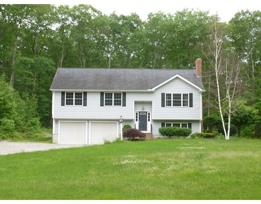 Maison unifamiliale pour l Vente à 11 King Road North Brookfield, Massachusetts 01535 États-Unis