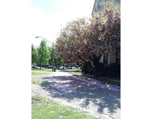 Additional photo for property listing at 11 Park Drive  Boston, Massachusetts 02215 Estados Unidos