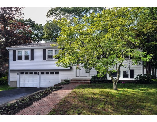 37  Old Coach Rd,  Braintree, MA
