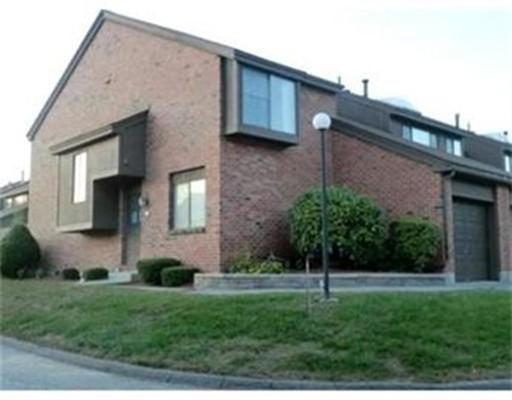 Additional photo for property listing at 17 Elderwood Drive  Stoughton, Massachusetts 02072 Estados Unidos