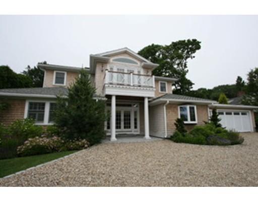 Частный односемейный дом для того Продажа на 68 Puritan Lane Swampscott, Массачусетс 01907 Соединенные Штаты