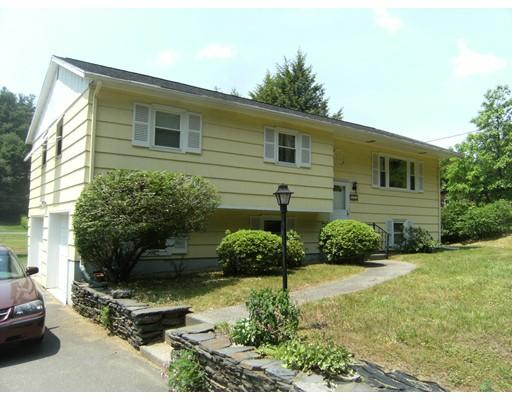 Частный односемейный дом для того Продажа на 225 Huntington Road Russell, Массачусетс 01071 Соединенные Штаты