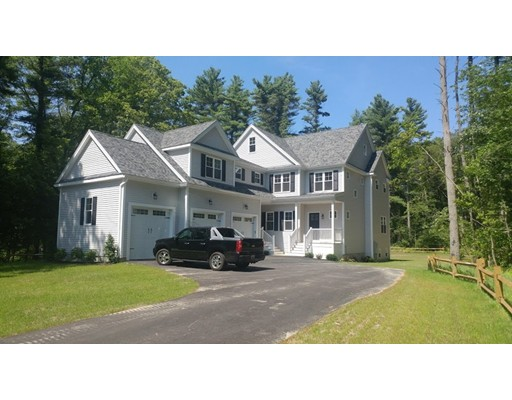 Single Family Home for Sale at 248 Warren Street West 248 Warren Street West Raynham, Massachusetts 02767 United States