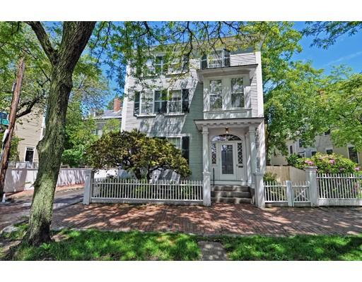 Многосемейный дом для того Продажа на 18 Chestnut Street Salem, Массачусетс 01970 Соединенные Штаты