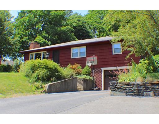 واحد منزل الأسرة للـ Sale في 198 Hendrick Street Easthampton, Massachusetts 01027 United States