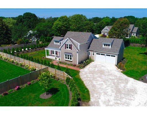 Single Family Home for Sale at 80 Barcliff Avenue Chatham, Massachusetts 02633 United States