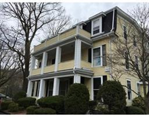 Additional photo for property listing at 15 Bemis Road  Wellesley, Massachusetts 02481 Estados Unidos