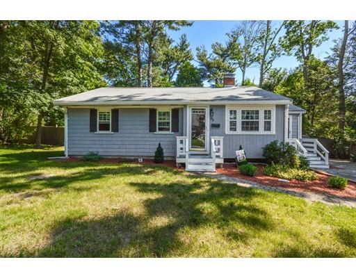 独户住宅 为 销售 在 85 Everett Street 阿宾顿, 马萨诸塞州 02351 美国