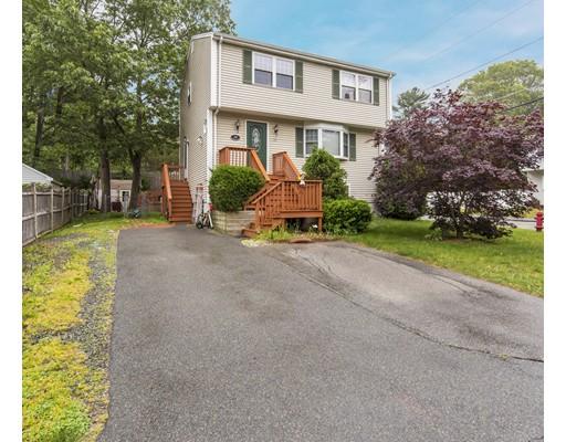 Частный односемейный дом для того Продажа на 29 Fern Road Holbrook, Массачусетс 02343 Соединенные Штаты