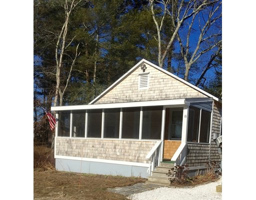 Additional photo for property listing at 8 Marine Avenue  Wareham, Massachusetts 02576 Estados Unidos