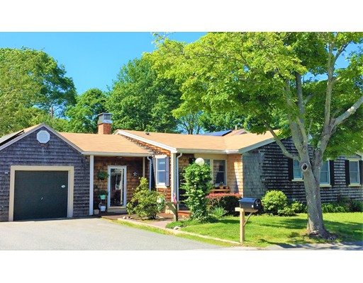 15 Thompson Rd, Beverly, MA 01915