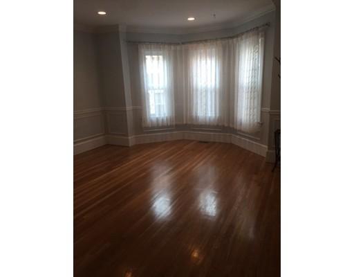 Additional photo for property listing at 8 White Avenue  Brookline, Massachusetts 02467 United States