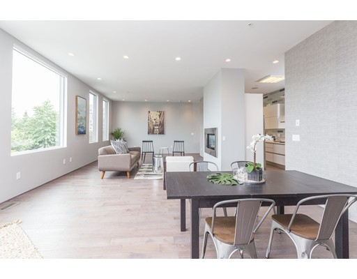 شقة بعمارة للـ Sale في 503 East First St #4 Boston, Massachusetts 02127 United States