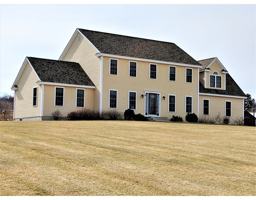 Single Family Home for Sale at 731 George Hill Road Lancaster, Massachusetts 01523 United States
