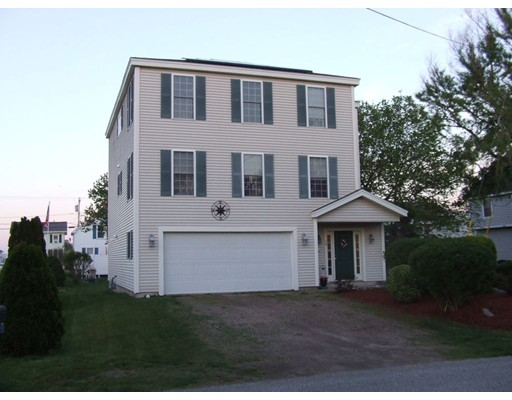 Single Family Home for Sale at 28 Pearl Street Hampton, New Hampshire 03842 United States