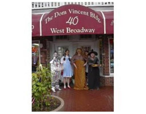 Casa Unifamiliar por un Alquiler en 40 W Broadway, RR402 Derry, Nueva Hampshire 03038 Estados Unidos