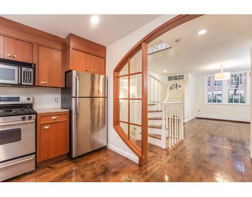 Casa Unifamiliar por un Alquiler en 24 Garden Street Boston, Massachusetts 02114 Estados Unidos
